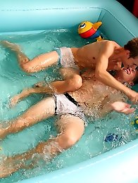 Awesome cute gay twinks blowjob splash fun