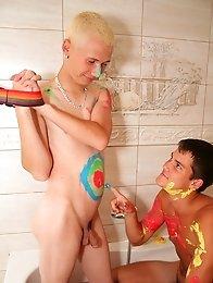 Lovely Teen Boys colour fun games